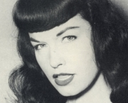 Pin-up Americana Bettie Page (4)