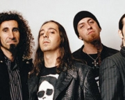 Banda System of a Down (2)