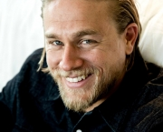 Charlie-Hunnam-Wallpaper-HD-8