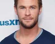 Chris Hemsworth (8)