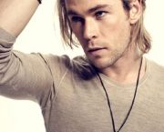Chris Hemsworth (9)
