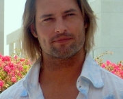 Josh_Holloway_Comic-Con_cropped