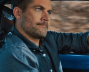 Paul-Walker-in-Car-Race